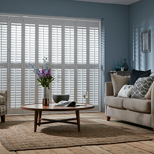 Tracked full height shutters