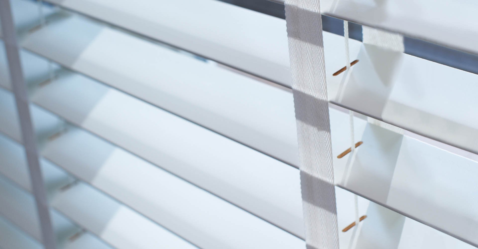 white slat with natural tapes by Shutterstyle